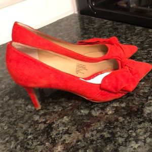 Banana republic orange high heel pumps size 7.5